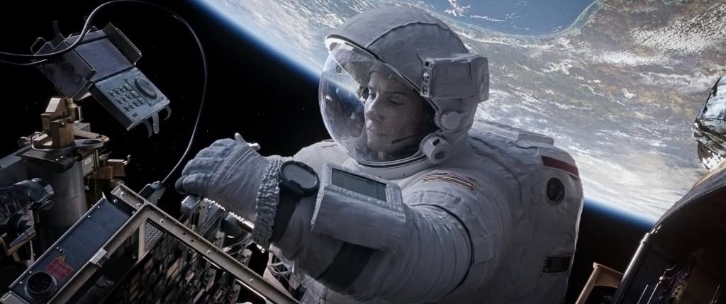 "Clueless Movie Reviews: ""Gravity"""