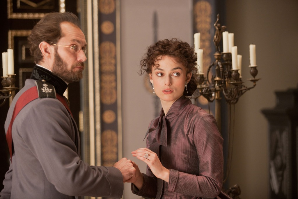 "Clueless Movie Reviews: ""Anna Karenina"""