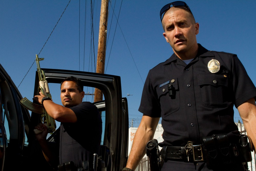 """Clueless Movie Reviews: """"End Of Watch"""""""