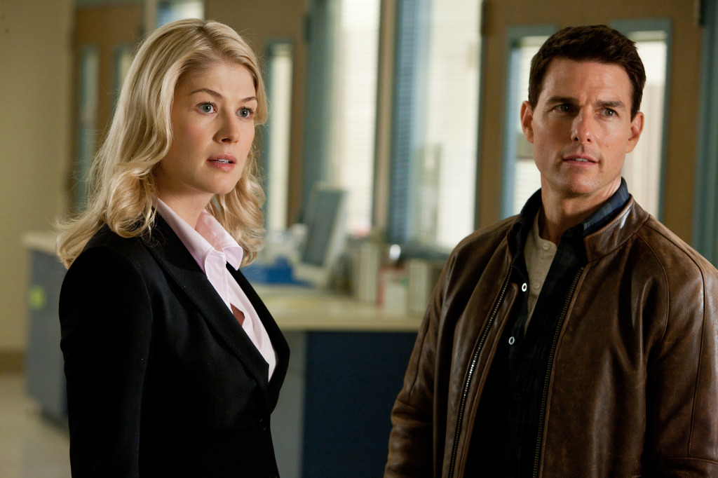"Clueless Movie Reviews: ""Jack Reacher"""
