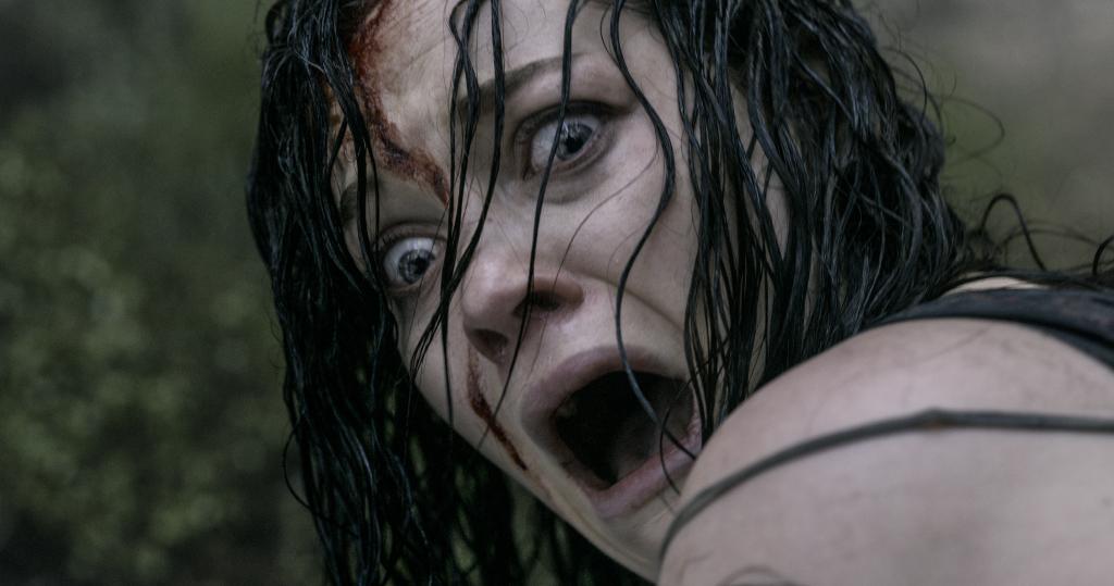 "Clueless Movie Reviews: ""Evil Dead"""