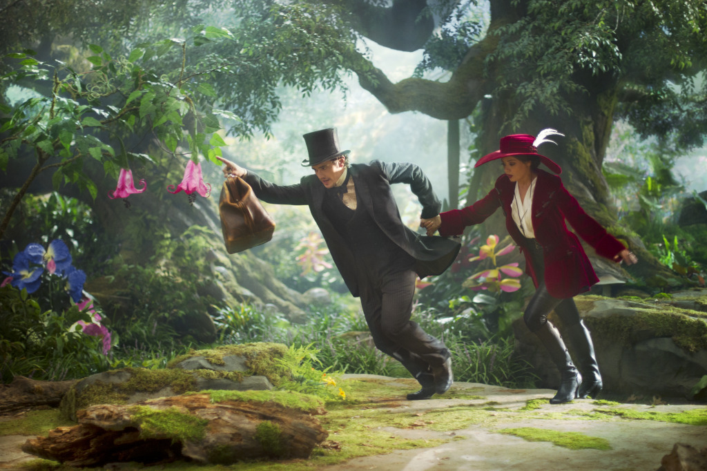 "Clueless Movie Reviews: ""Oz The Great And Powerful"""