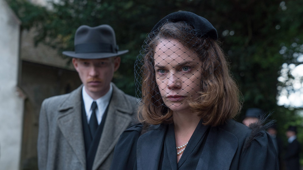 "REVIEW: ""The Little Stranger"" ★★ and a ½"